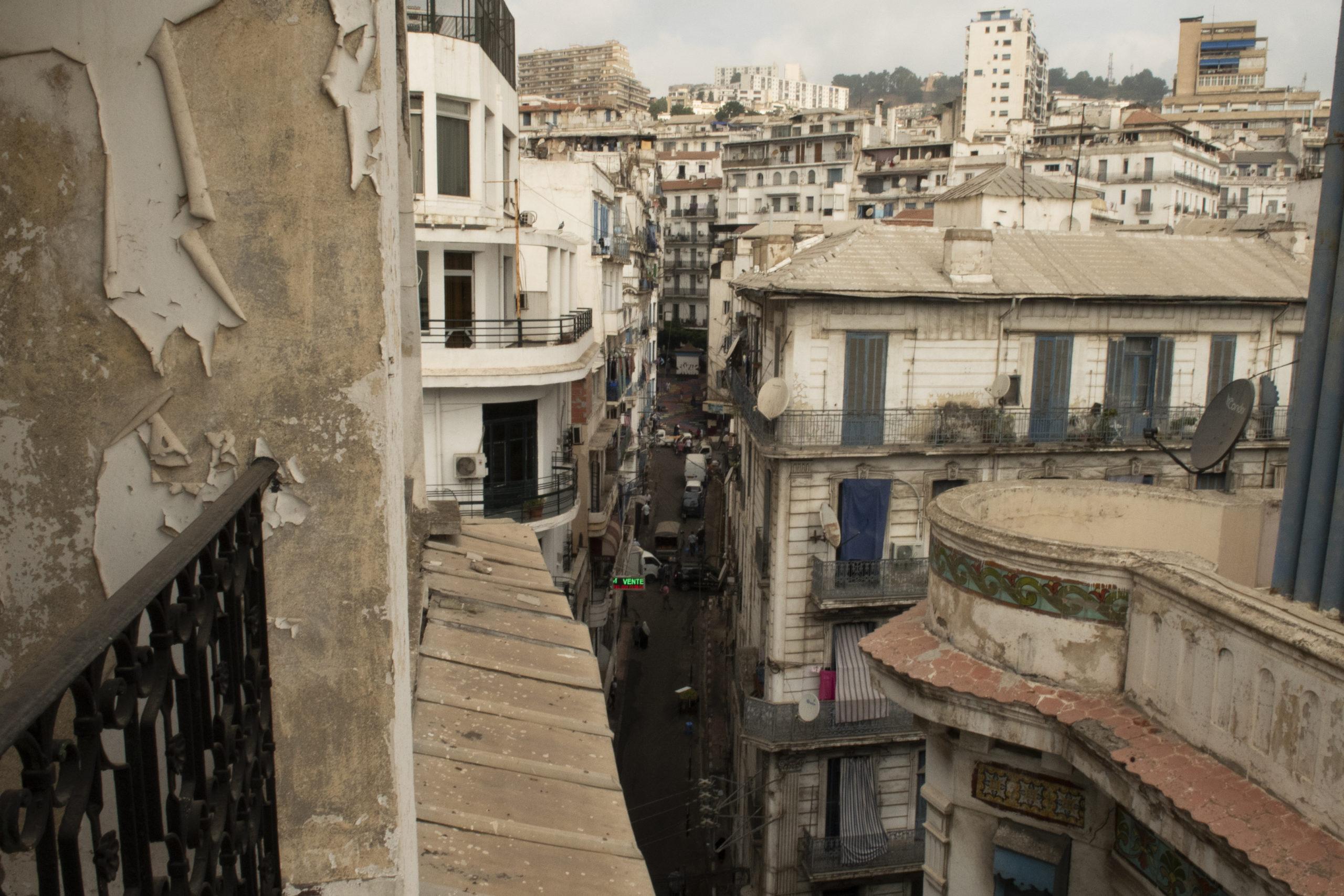 View on Algiers scummy street